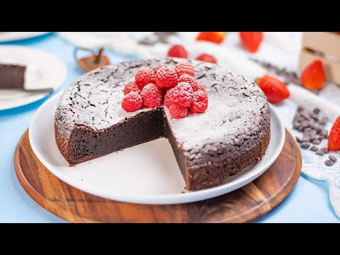 Keto Flourless Chocolate Cake Recipe - ONLY 3 Ingredient - Anyone Can Make It!