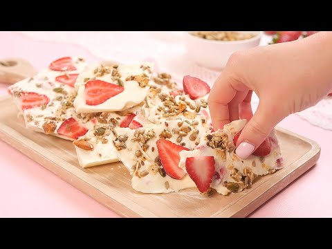 Keto Frozen Yogurt Bark Recipe - Very Low Carb (1g Net Carbs)