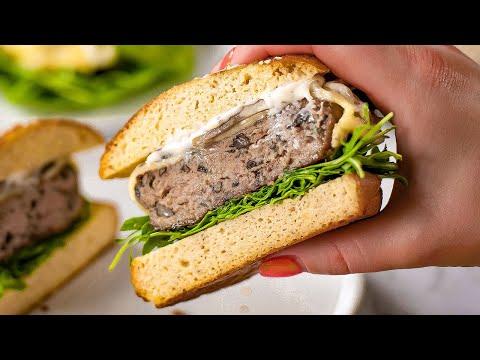 How to Make Juicy Turkey Burgers (The Juiciest)