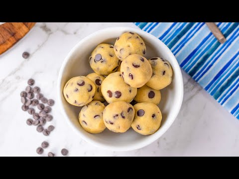 Keto Cookie Dough Recipe - Healthy & Tasty, Vanilla / Choc Chip Fat Bombs - Low Carb (1g Net Carbs)