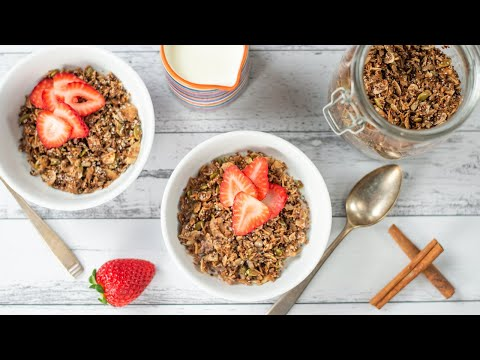 Keto Cereal Recipe - Low Carb Cinnamon Granola - Crunchy & Tasty Breakfast (Easy to Make)