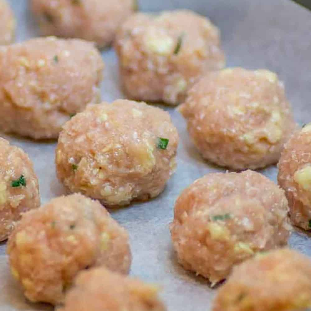 How to make Low Carb Chicken, Cheddar and Chives Meatballs