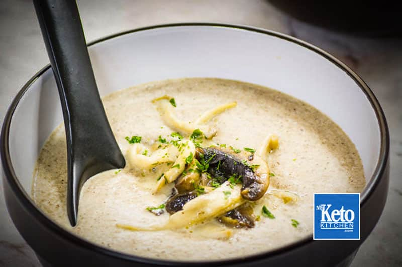 Delicious Low-Carb Cream of mushroom soup recipe