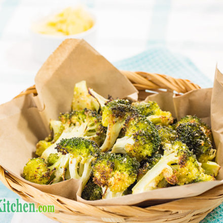 Ketogenic Parmesan Roasted Broccoli
