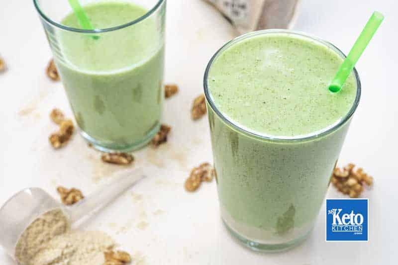 "Keto Avocado Smoothie – Peanut Butter, Almond Milk, Walnuts & Collagen – ""Ultra Healthy"""