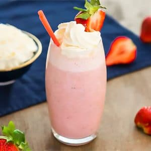 Keto Strawberry Smoothie in a Glass