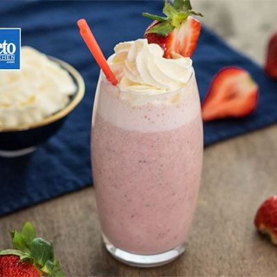 Keto Strawberry Smoothie – Low Carb Thick & Tasty – Easy to Make