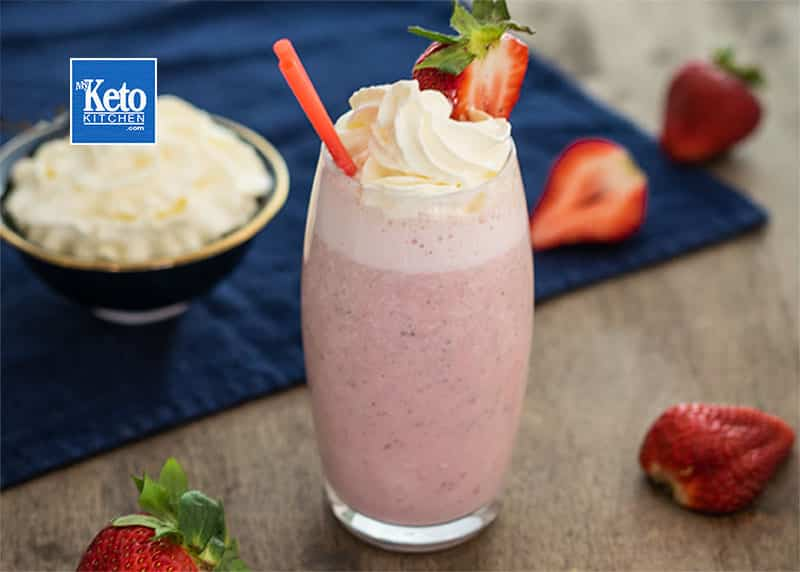 Keto Strawberry Smoothie Low-Carb Recipe