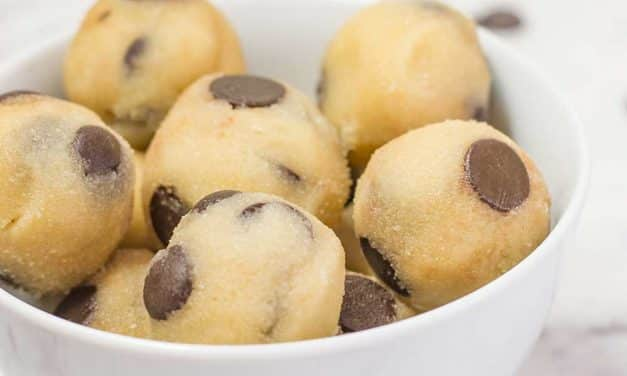 Keto Cookie Dough – YUMMY Chocolate Chip Recipe