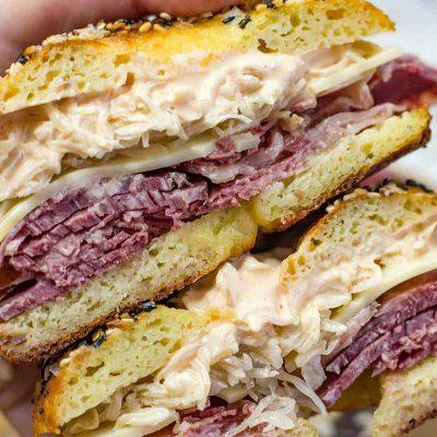 Keto Reuben Bagel – New York Style Low Carb Sandwich