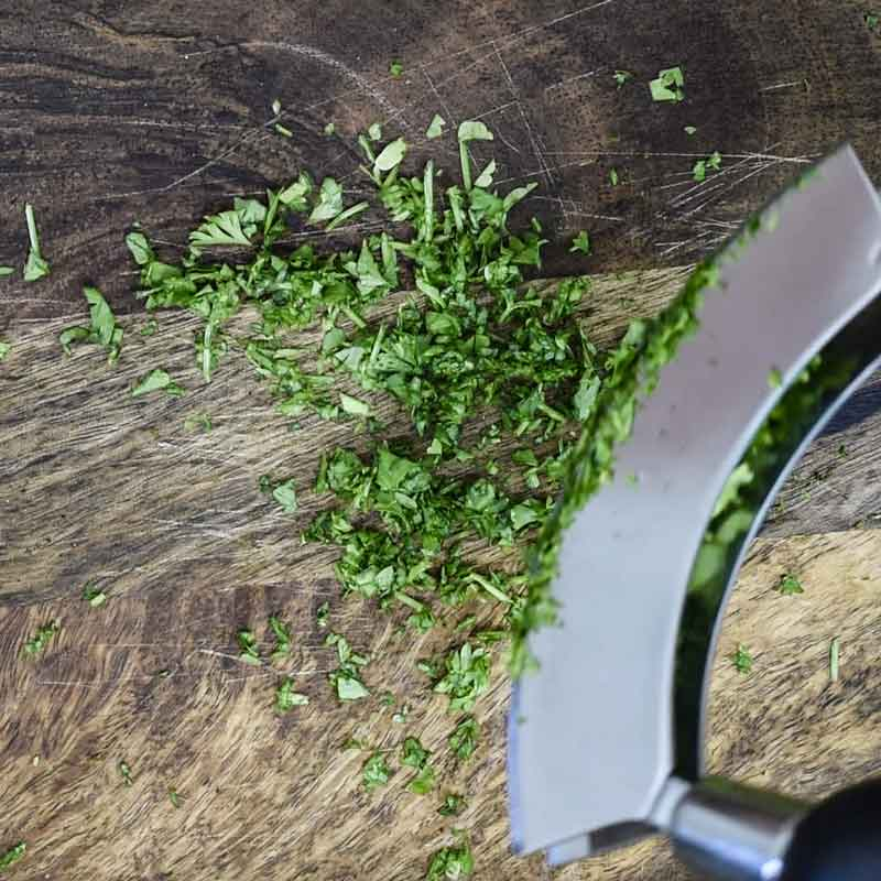 secret to making homemade chimichurri