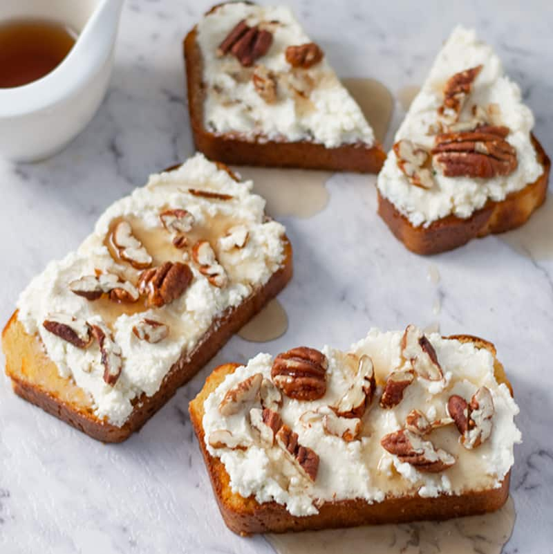 Keto Maple Ricotta Toast - low carb breakfast recipe