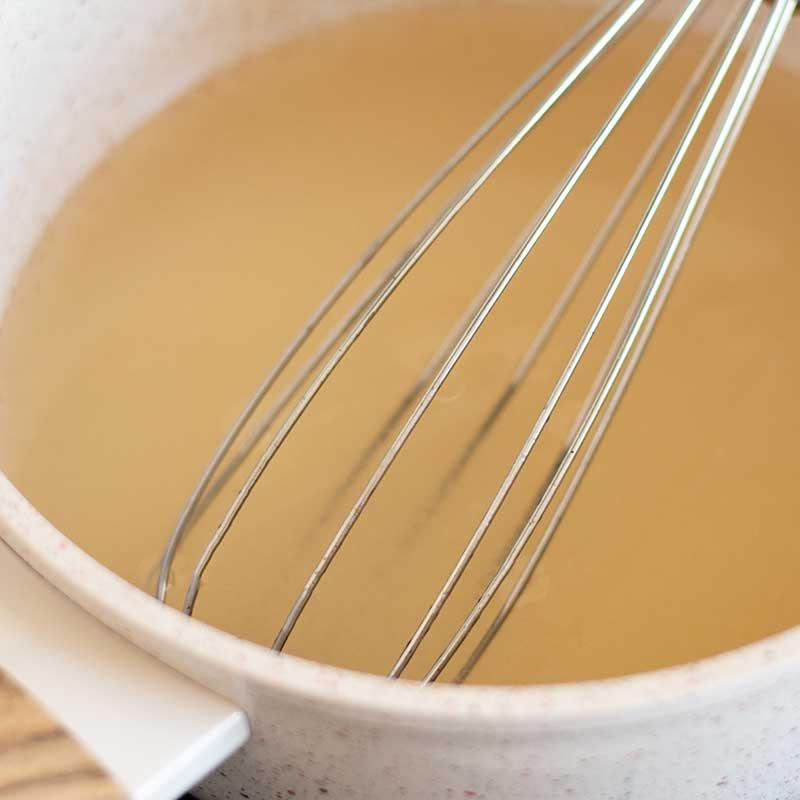 Sugar-Free Vanilla Syrup Ingredients - easy keto recipe