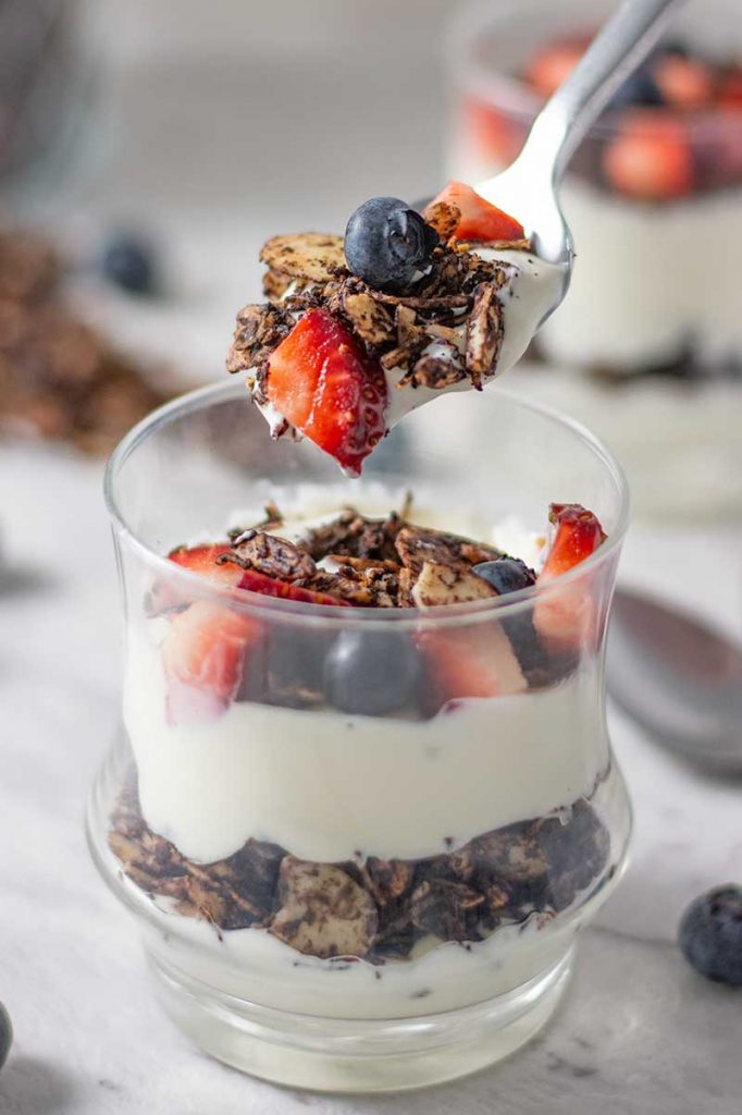 How to make Keto Breakfast Parfait - delicious yogurt and berry recipe