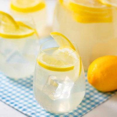 Homemade Sparkling Lemonade Recipe – Sugar-Free & Low Carb