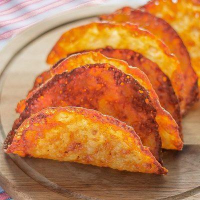 "Keto Taco Shells Recipe with Mozzarella Cheese – ""One Ingredient"""