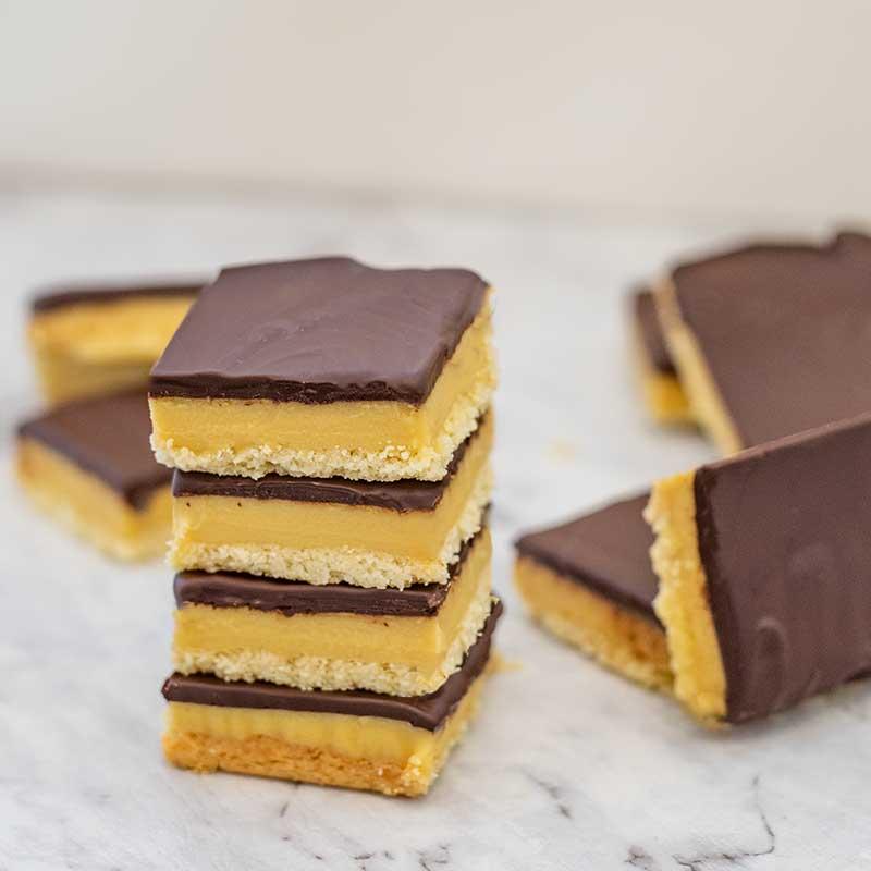 Keto Millionaire's Shortbread - sugar free caramel slice recipe