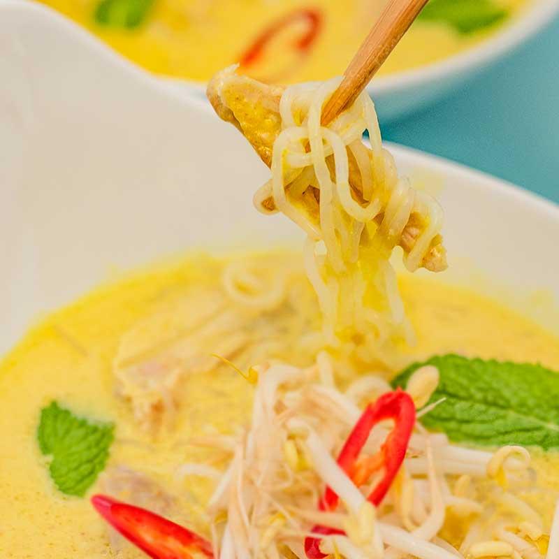 How to make Keto Chicken Laksa - delicious asian soup recipe