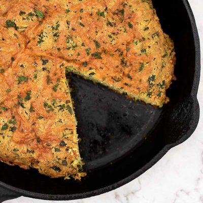 Keto Cheesy Spinach Bread – Easy Low Carb Cheddar Recipe