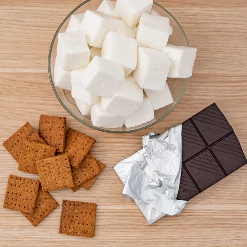 Sugar Free Smores Ingredients - easy campfire recipe