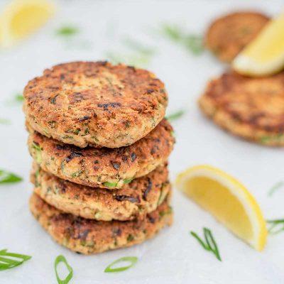 Keto Salmon Cakes Recipe – Easy Low Carb Fish Patties