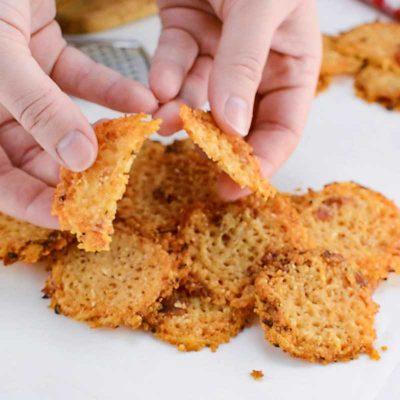 Keto Bacon Parmesan Chips
