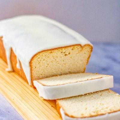 Keto Pound Cake Recipe – Soft & Moist with Sugar-Free Icing – 2g Carbs
