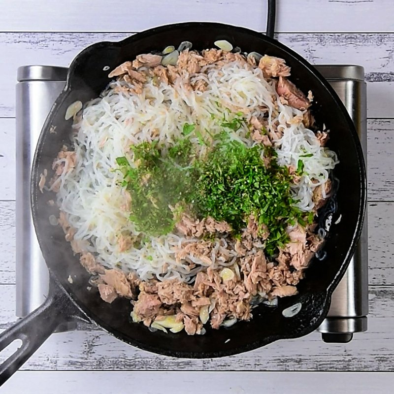 Keto Tuna Spaghetti Ingredients cooking in a cast iron skillet