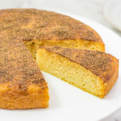 Keto Cinnamon Tea Cake Recipe – Low Carb, Light, Fluffy & Sweet On Top!
