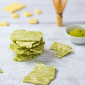 Keto White Chocolate Matcha Bark