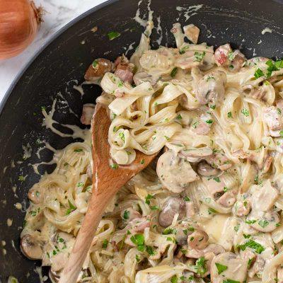 Keto Fettuccine Boscaiola Recipe – Low Carb Creamy Pasta Alternative