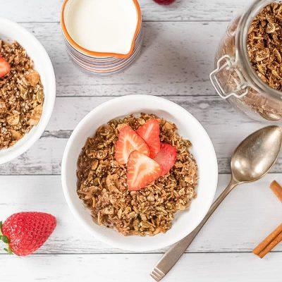 Keto Cereal Recipe – Low Carb Breakfast Cinnamon Crunch