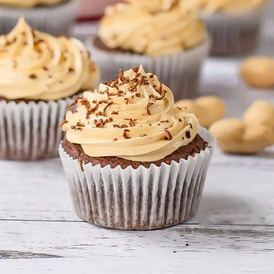Keto Cupcakes Recipe – Chocolate Peanut Butter Flavor