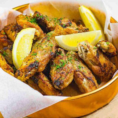 Best Garlic Chicken Wings – Pan Fried, Crispy &  Delicious!